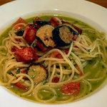 ベルソリーゾ - ナスとフレッシュトマト(スパゲティ)