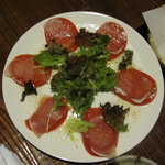 居酒屋 まんま - トマトと生ハムのサラダ