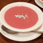 ガネーシュ - 季節のディナーコース(4629円・外税)のビーツのポタージュ クミン風味