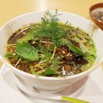 東京担々麺 RAINBOW - グリーン担々麺(880円)