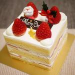 こぐま洋菓子店 - 料理写真:いちご角デコ4人分¥2130