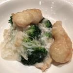 Kokyuu - ブロッコリーの蟹身餡かけ
