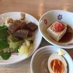 78432810 - 食べ放題のお惣菜