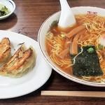 78433736 - ラーメン、餃子セット(\950)