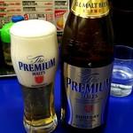 来来亭 - ドリンク写真:瓶ビールはプレモル 562円(税込)