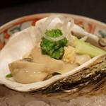 行楽庵 - 鳥取の岩牡蠣、土佐酢(2017/8)