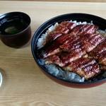 魚勝 - 特上鰻丼