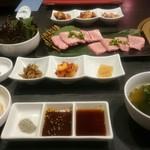 本場韓国焼肉 宋家 - 料理写真: