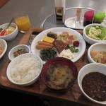 ホテル・アルファ-ワン - 料理写真:無料モーニング