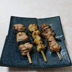 鳥久 - 料理写真:ねぎ肉塩、ぼんぼち塩、すきみ塩