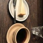 ジゾウカフェ - JIZOブレンドとチーズケーキ