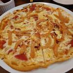 琉球酒場りっかりっか - ボルトソーセージのピリ辛ピザ