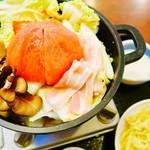 リンガーハット - まるごとトマトの野菜たっぷりチーズ鍋