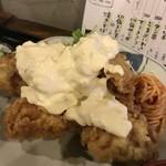 山角 - チキン南蛮定食。唐揚げは普通サイズの2倍位の大きさの塊が5つありました。
