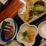 Uozaru - 刺身&天ぷら定食