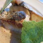 メゾン・バルサック - 本日おすすめ鮮魚のポワレ オマール風味の軽いソース;s