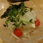 茅乃屋 - 豆腐サラダ