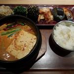 KOREAN 水刺間 - 純豆冨定食
