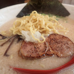 麺屋 海嵐 - 麺アップ