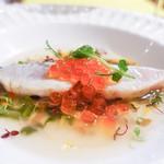 オステリア・オリエーラ - さわら炙り冷製スープいくら添え