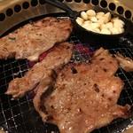 韓国家庭料理・焼肉 おしお - 豚カルビ