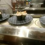 回転寿司羊蹄丸 - 回ってたたちポン