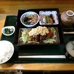めし屋 里 - チキン南蛮定食