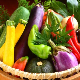 ◆無農薬彩り野菜&〆まで楽しい、ふっくら【土鍋ご飯】◆