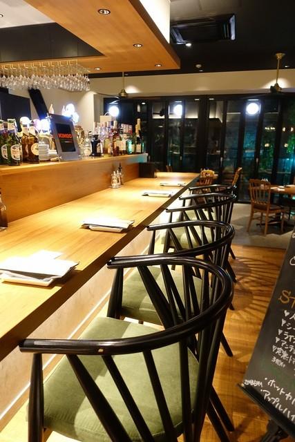 パージナ イタリアン ファイアワークス プラス カフェ ~薪焼きイタリアンとワイン~ - カウンター席