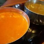 チャイカフェ - バターチキンとサグマッシュルーム