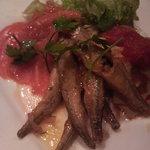 ITALIAN QUATRO - 前菜の盛り合わせ(ワカサギのマリネ・オムレツ等)