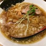 双麺 - 醤油ラーメン 750円