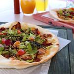 エリーズ カフェ - しま豚テリヤキPizza