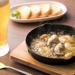 DiningBar Selfish - 牡蠣と海老のアヒージョ \1,200