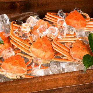 旬の鮮魚はオーナー自ら厳選した食材のみを使用