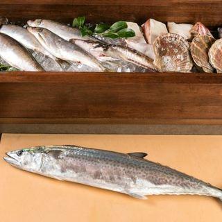 仕入れた鮮魚は、仕入れた日に料理で提供