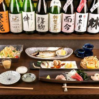 日本全国の地酒にもこだわりあり
