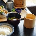 和彩膳所 楽味 - ☆ご飯と味噌汁
