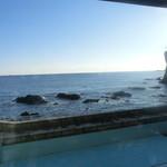 レストランサンライズ - 海を見ながらの食事