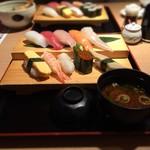 流れ鮨 - 料理写真:三代目特選握り