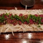 けとばし屋チャンピオン - 馬肉タタキ