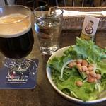 ヘルムズデール - コーヒー、サラダ