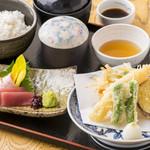 華花 - 天ぷら&お刺身御膳