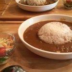 リカフェ - すじ肉カレー