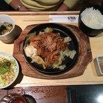 サムギョプサルと野菜 いふう - 豚キムチ定食