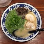 博多らーめん Shin-Shin 博多デイトス店 -