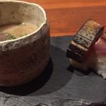 78513903 - 鰤の粕汁と鯖寿司