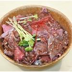 煮干ラーメンとローストビーフ パリ橋 - ローストビーフ丼(小) 300円 品切れでなければゼヒ注文しましょう!