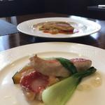 Kokoro - お皿の見た目美しいところが花マル