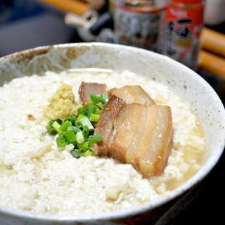 糸満の「宇那志豆腐店」の、ゆし豆富を使用。